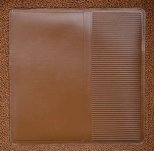 International C Travelall Flooring heel pad.jpg