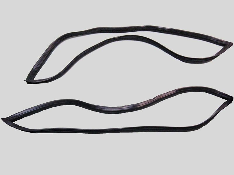 Ford Bronco Rear Side Window Seal Kit.jpg